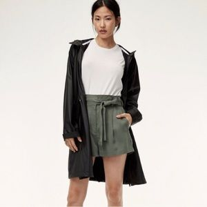 Babaton Group Anderson olive short 4
